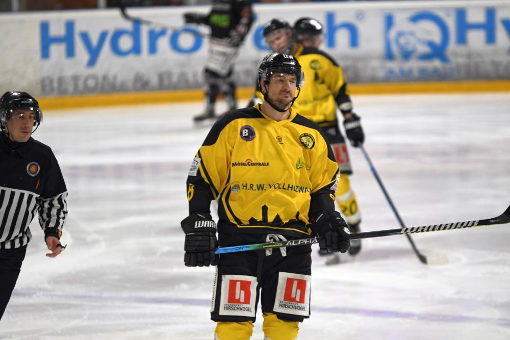 Szwez Letztes Saisonspiel für den EHC Königsbrunn - Pinguine müssen nach Schongau Landkreis Augsburg mehr Eishockey News Sport EA Schongau EHC Königsbrunn |Presse Augsburg