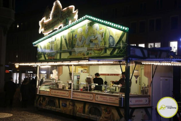 fasching_041-630x420 Bildergalerie | Buntes Faschingstreiben auf dem Augsburger Rathausplatz Augsburg Stadt Bildergalerien Freizeit News Newsletter |Presse Augsburg