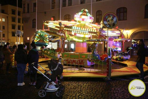 fasching_044-630x420 Bildergalerie | Buntes Faschingstreiben auf dem Augsburger Rathausplatz Augsburg Stadt Bildergalerien Freizeit News Newsletter |Presse Augsburg