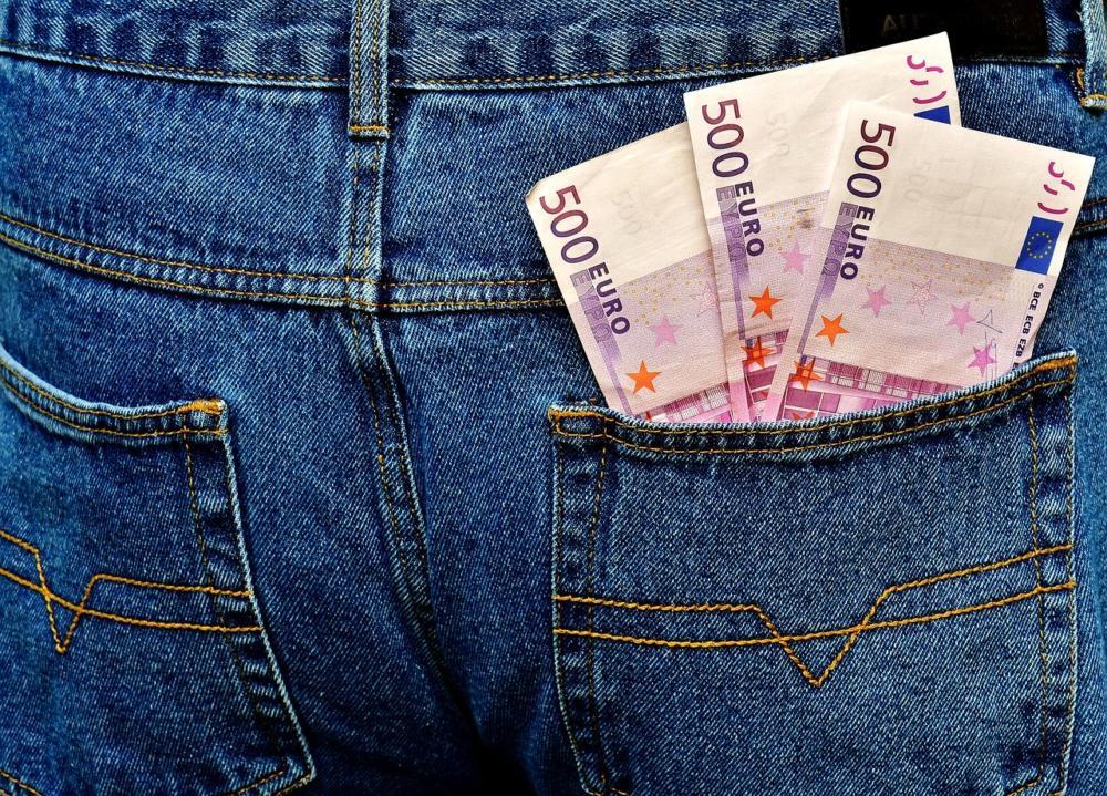 Money 2518389 1280