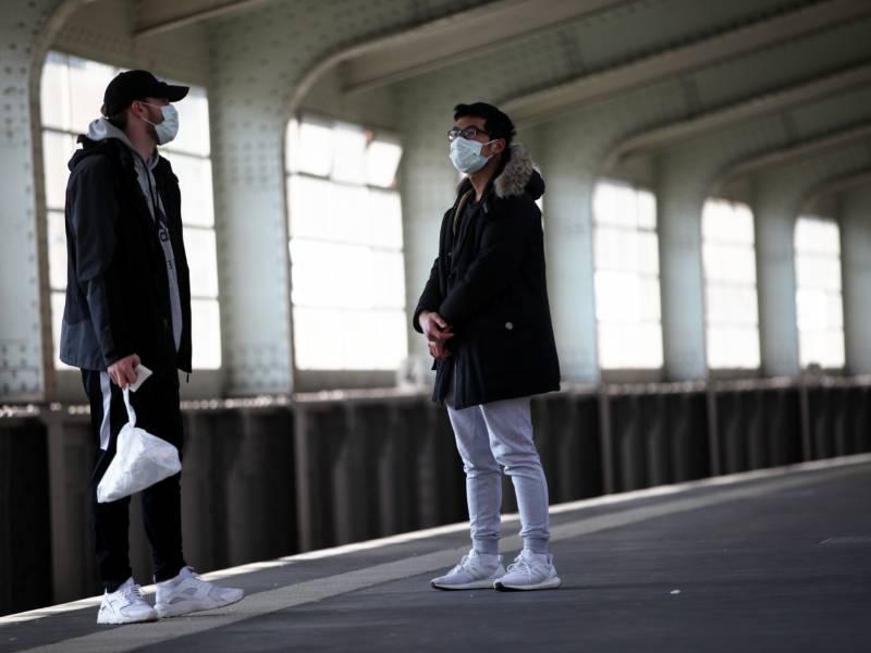 oesterreich-fuehrt-maskenpflicht-ein Österreich führt Maskenpflicht ein Politik & Wirtschaft Überregionale Schlagzeilen Es Junge Kurz laut Männer Menschen Mittwoch Montag Österreich Schützen Schutzmasken Überall Virus |Presse Augsburg