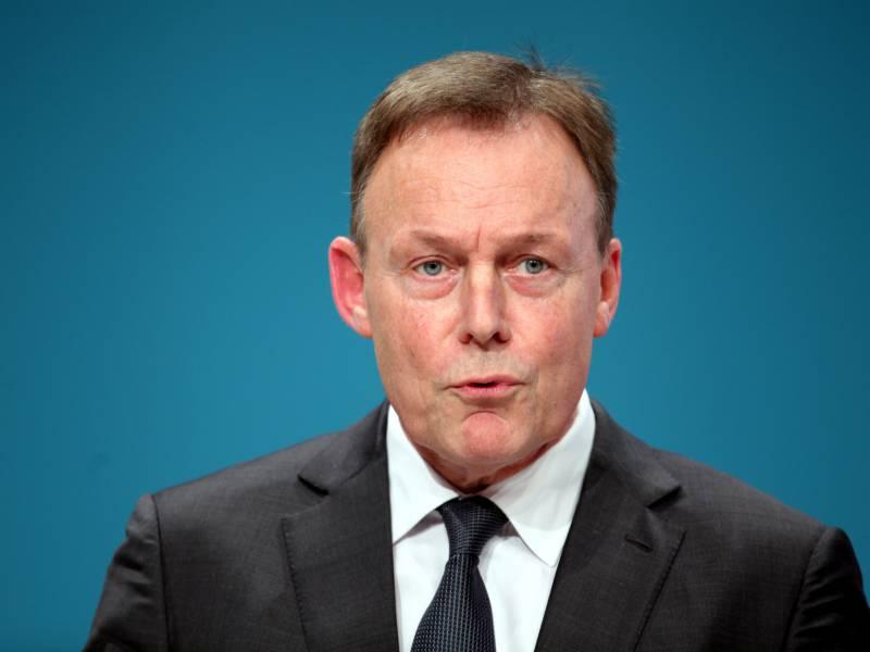 Oppermann Verlangt Plan B Gegen Stillstand Durch Coronakrise