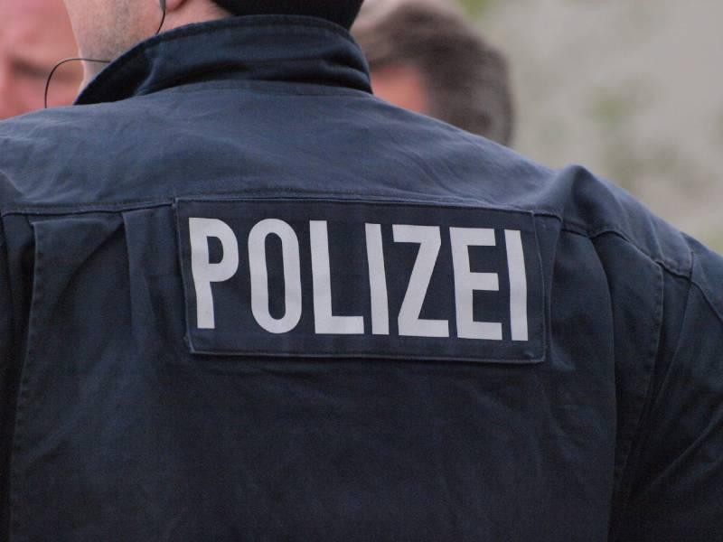 Polizei Panne Bei Aryan Circle Razzia 1