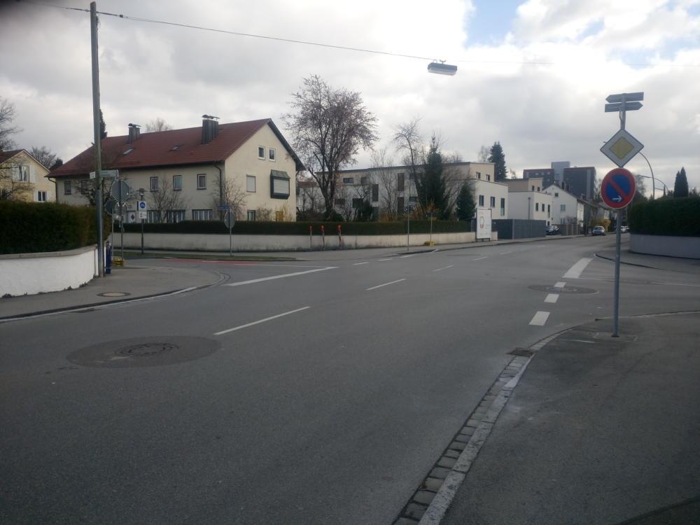 2020 03 31 Mini Kreisverkehr 001