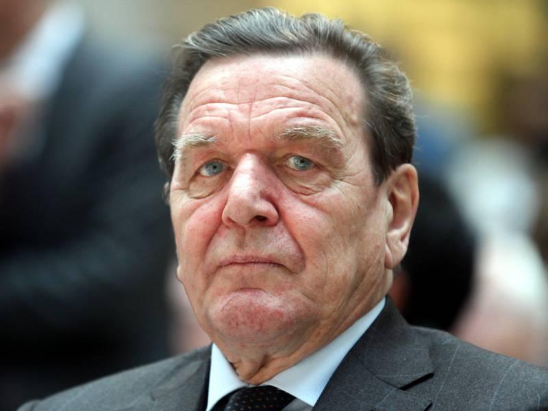 Coronakrise Altkanzler Schroeder Will Gruendung Von Nationalem Fonds