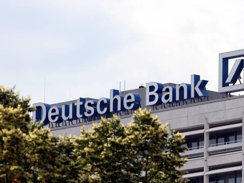 Deutsche Bank Fuehrt Minuszinsen Fuer Einlagen Ueber 100 000 Euro Ein