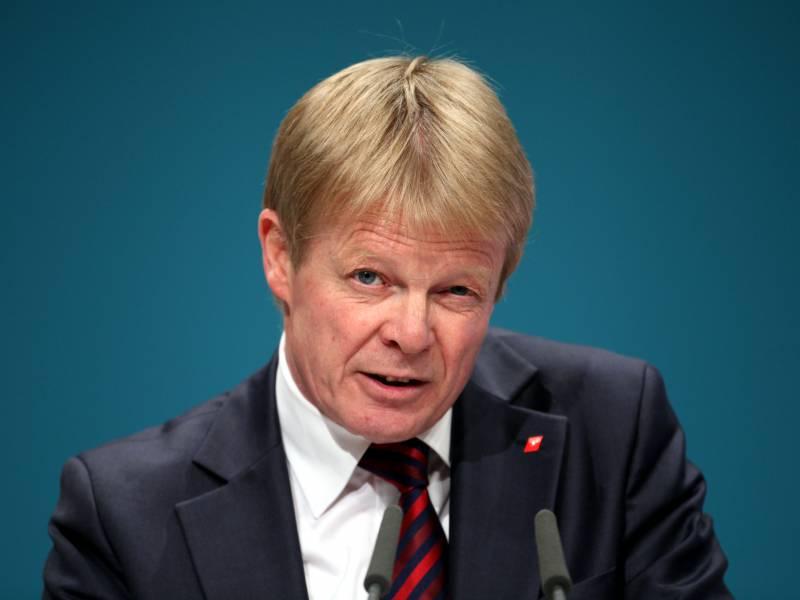 Dgb Chef Haelt Debatte Um Finanzierbarkeit Von Corona Hilfen Fuer Verfehlt