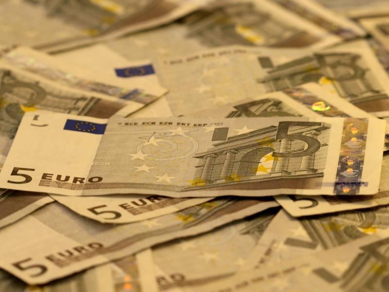 Eu Wirtschaftskommissar Will Gemeinsame Anleihen Fuer Wiederaufbau