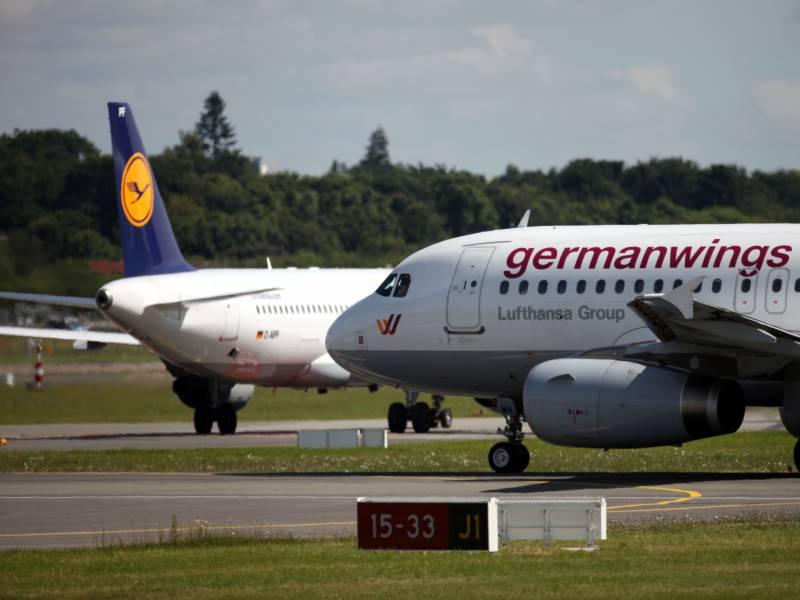 Lufthansa Stellt Flugbetrieb Von Germanwings Ein