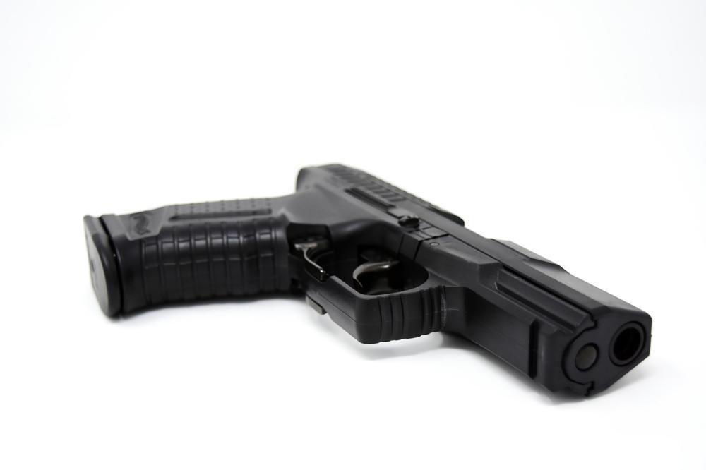Pistol 3000448 1280