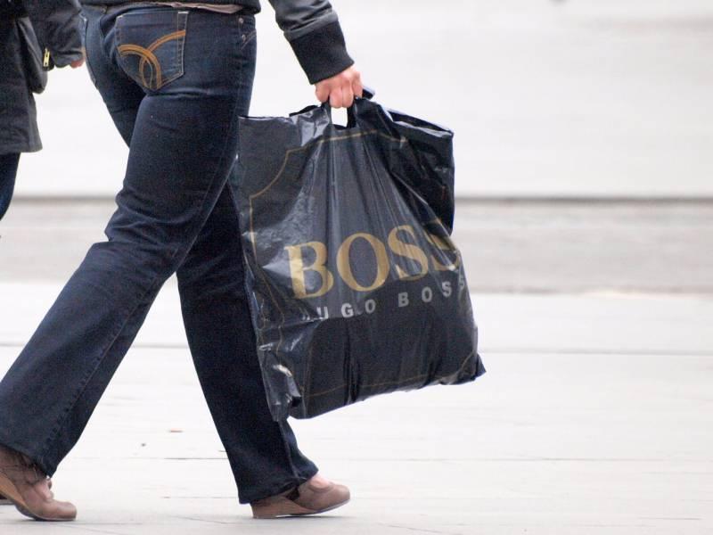 Umfrage Mehrheit Will In Den Naechsten Wochen Auf Konsum Verzichten