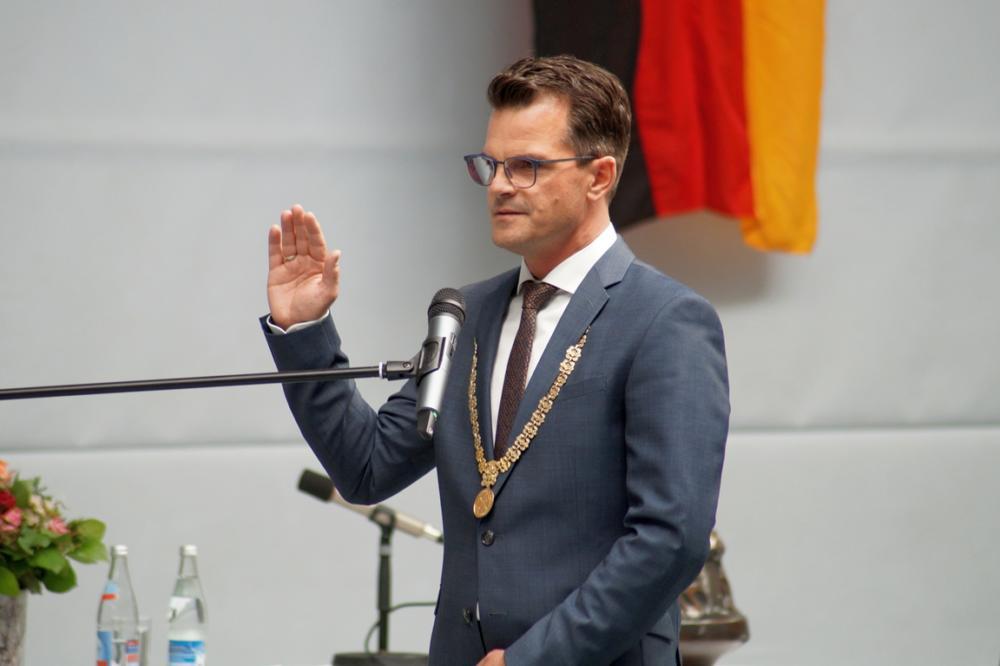 051320 Konstituierende Sitzung Stadtrat Donauwörth Vereidigung Ob Sorré
