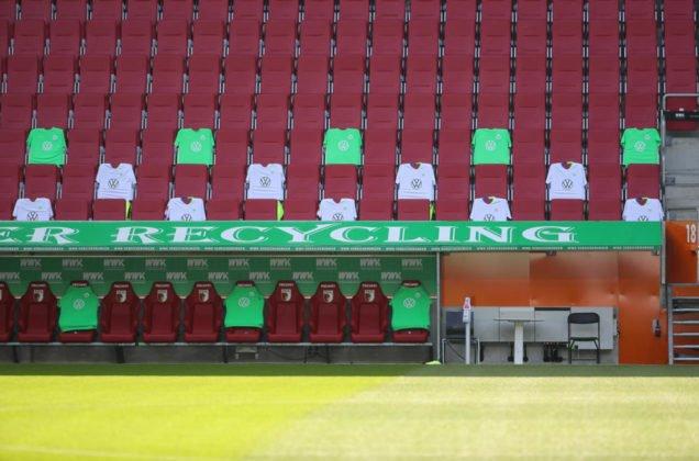 20200516_1063--636x420 Nach Corona-Pause  FC Augsburg kassiert gegen Wolfsburg vierte Bundesliga-Niederlage in Serie Augsburg Stadt Bildergalerien FC Augsburg News Newsletter Sport Bundesliga FC Augsburg FCA VfL Wolfsburg  Presse Augsburg