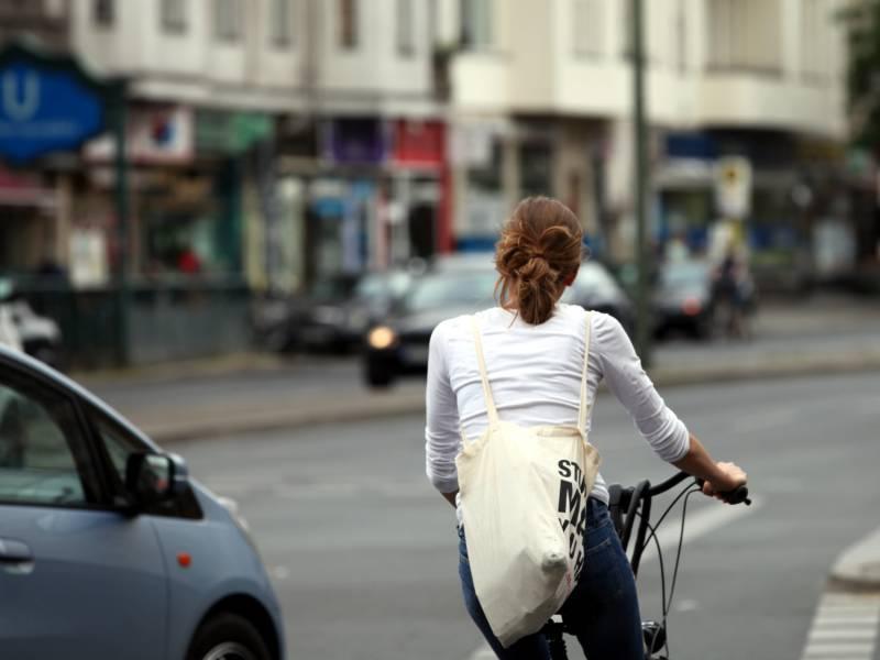 Adac Befuerchtet Mehr Staus Durch Fahrradwege