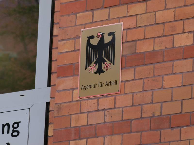 Arbeitsagentur Rechnet Mit 362 Milliarden Euro Verlust