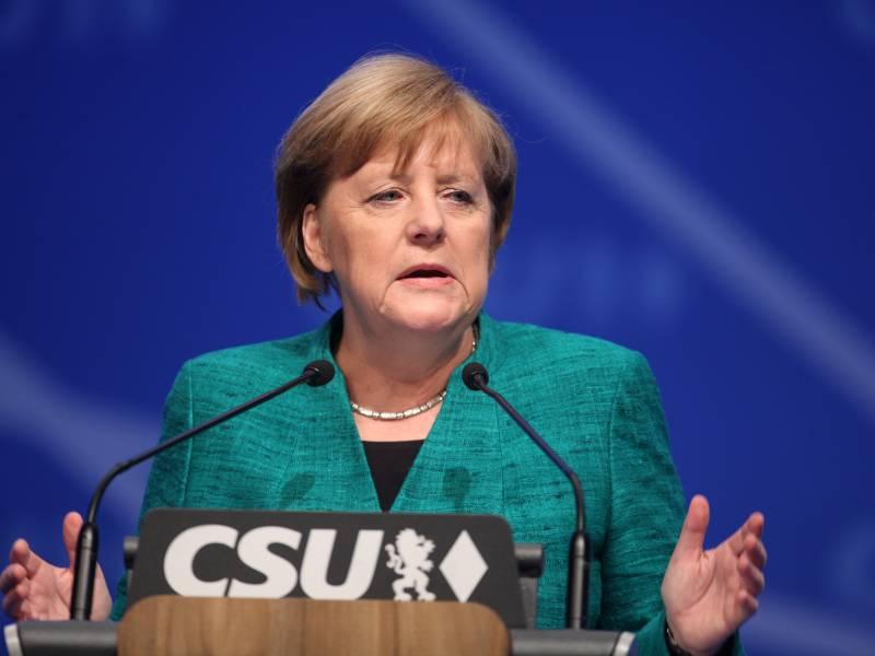 Bayerns Ministerpraesident Verteidigt Merkel Und Mahnt Andere Laender