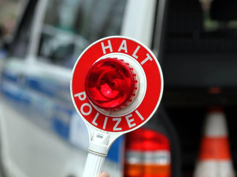 Bundespolizei Meldet 1 900 Fahndungstreffer Durch Corona Kontrollen