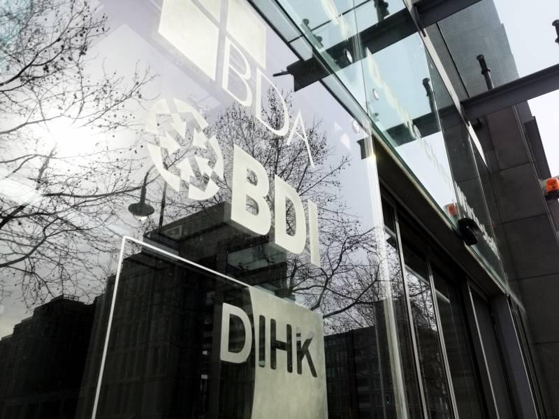 Deutsche Industrie Praesentiert Bundesregierung 66 Forderungen