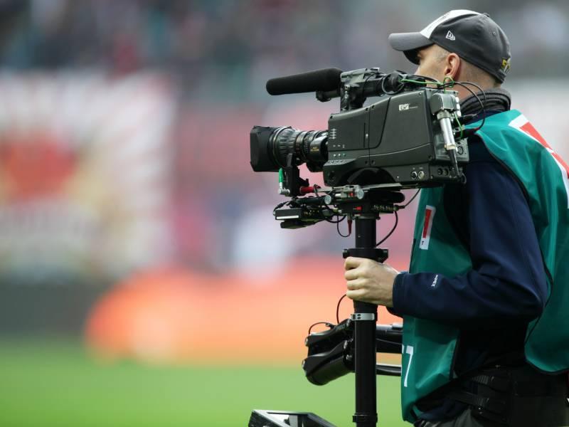 Fdp Pocht Auf Wiederaufnahme Der Fussball Bundesliga