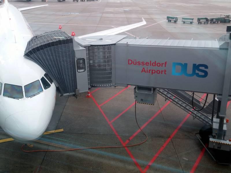 Flughafen Duesseldorf Schliesst Kuendigungen Nicht Aus