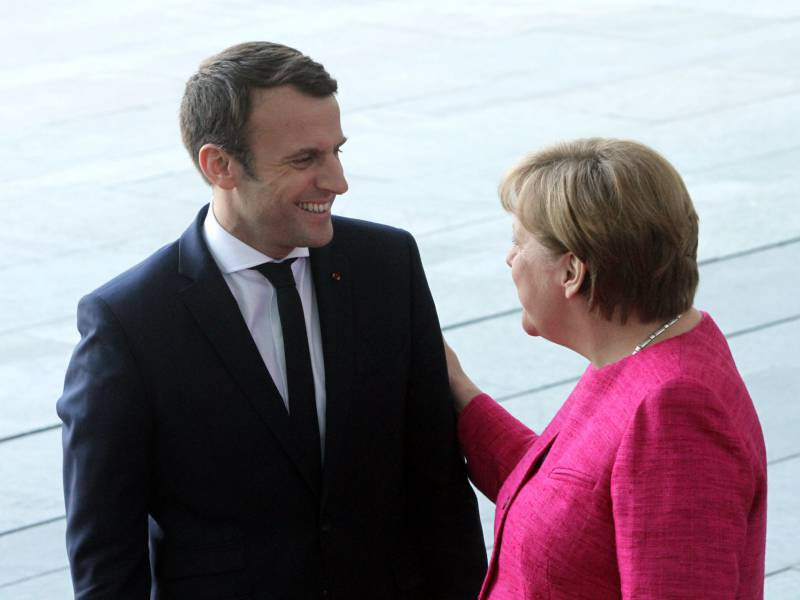 Habeck Begruesst Corona Plan Von Merkel Und Macron