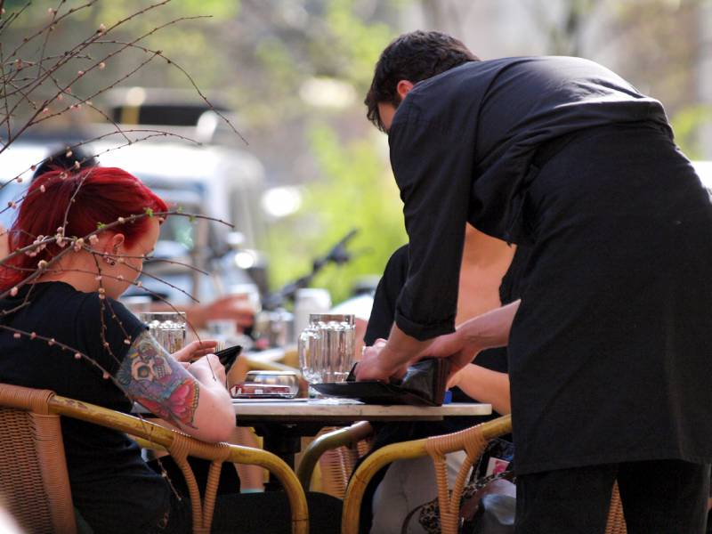 Oekonom Spengel Steuersenkung Bringt Gastronomen Nichts