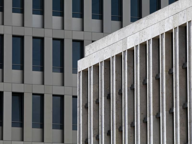 Roettgen Karlsruher Urteil Koennte Arbeit Des Bnd Beeintraechtigen