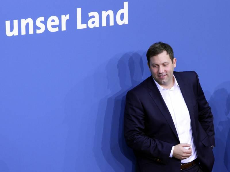 Spd Generalsekretaer Gegen Momentane Debatte Um Kanzlerkandidaten