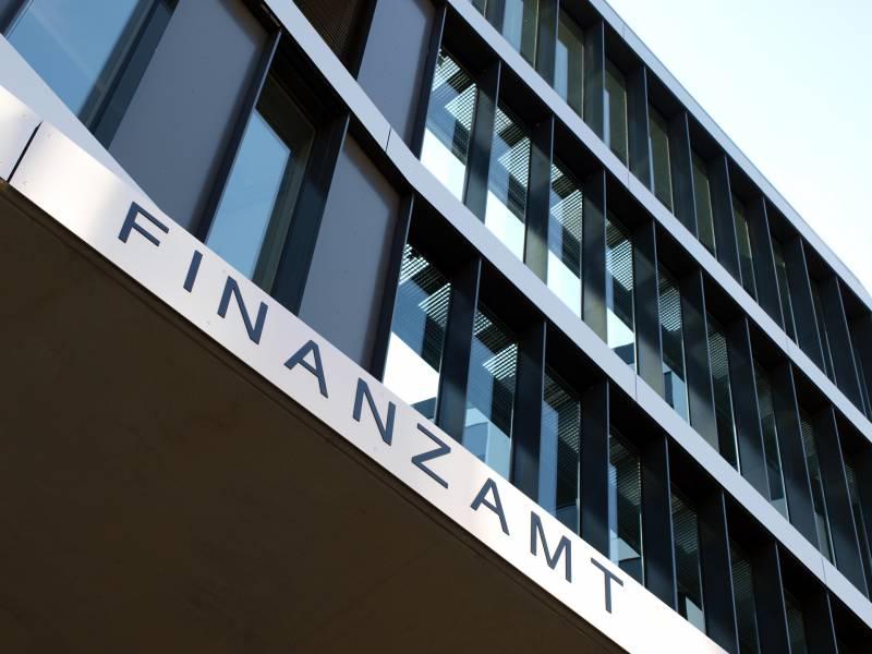 Steuerschaetzung Um Fast 100 Milliarden Euro Korrigiert