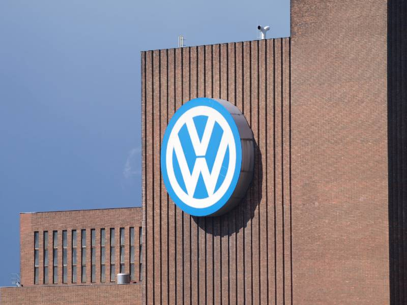 Volkswagen Plant Mit Einsparungen Durch Industrielle Cloud