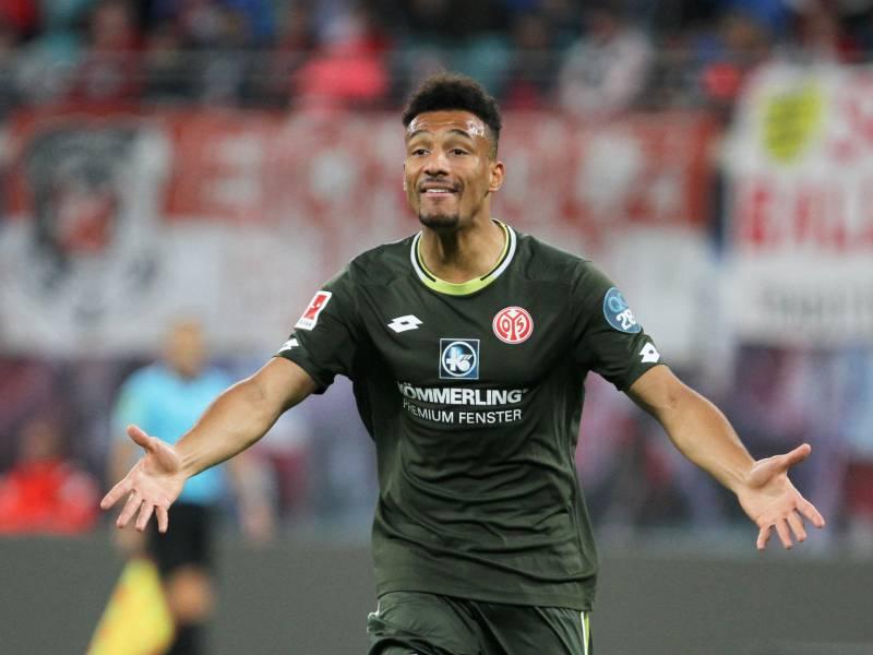 1 Bundesliga Dortmund Unterliegt Mainz