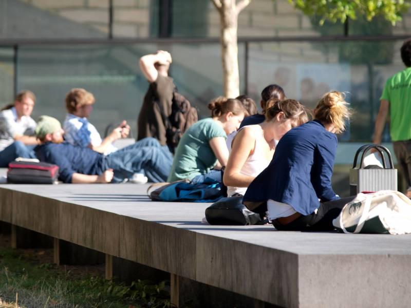 40 Prozent Der Studenten Haben Durch Corona Job Verloren