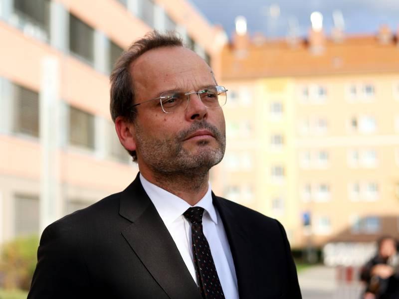 Antisemitismusbeauftragter Gegen Begriff Rasse Im Grundgesetz