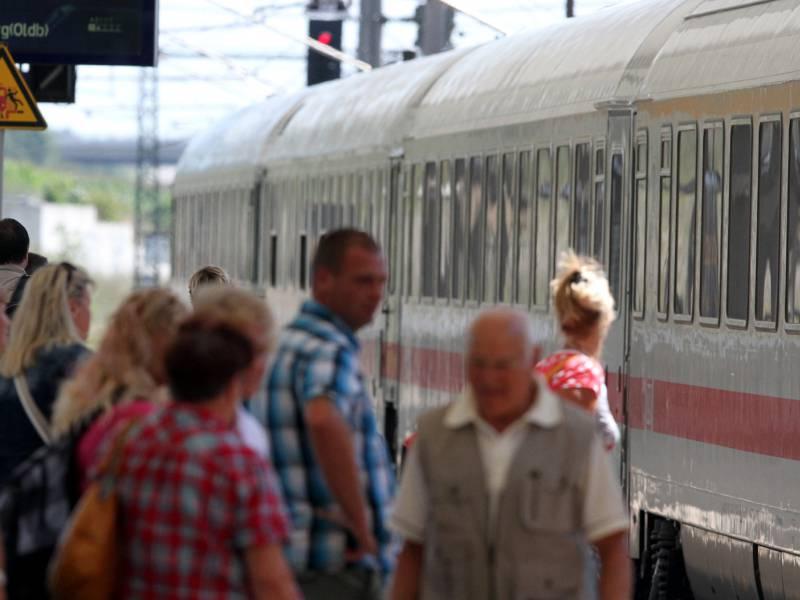 Bahn Baut In Coronakrise Tourismus Verbindungen Aus