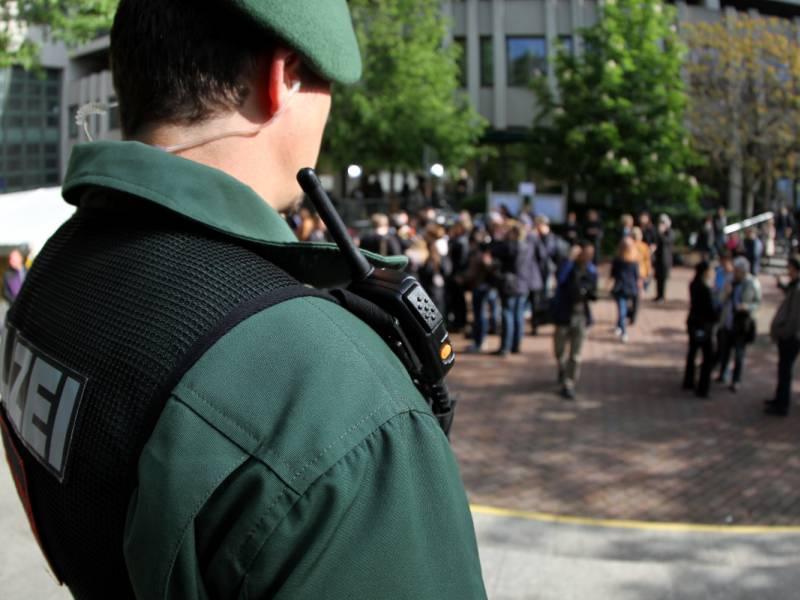 Bayerns Innenminister Kritisiert Respektlosigkeit Gegenueber Polizei