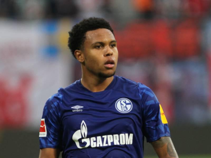 Bundesligist Schalke 04 Fuehrt Gehaltsobergrenze Ein