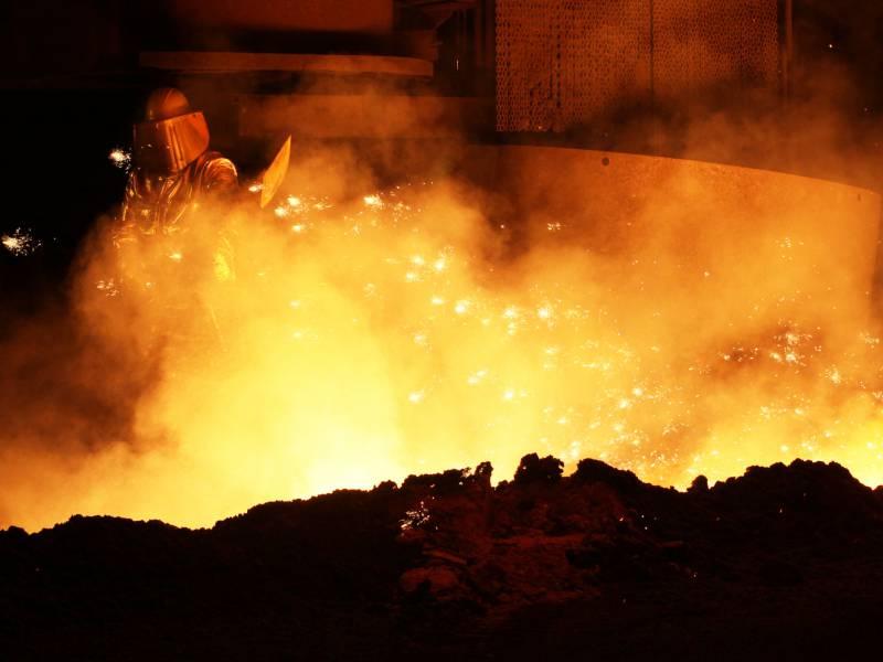 Ig Metall Chef Industrie Bleibt Im Abwaertsstrudel