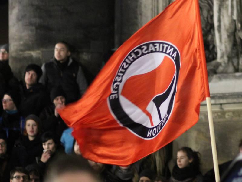 Mindestens 47 Antifa Gruppen Vom Verfassungsschutz Beobachtet