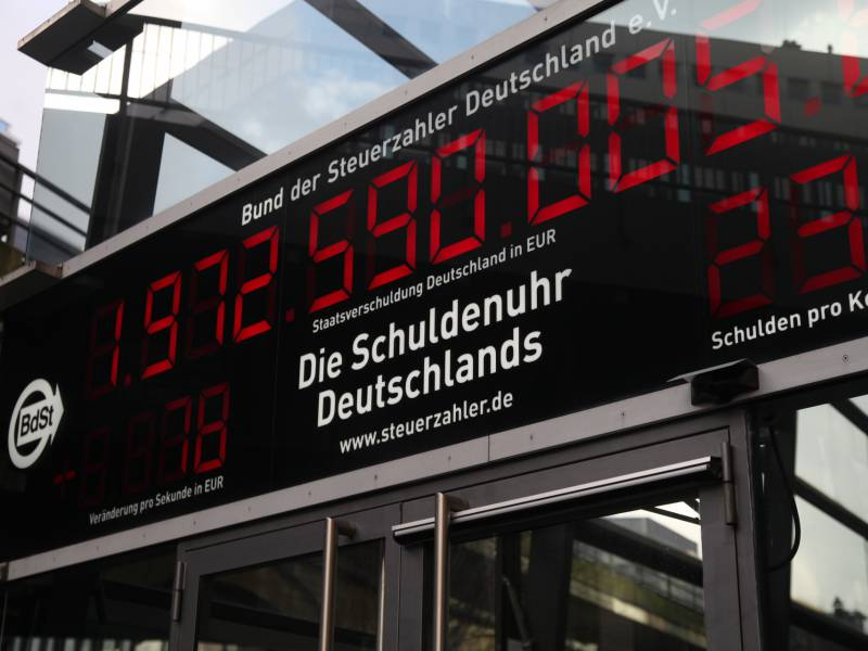 oeffentliche-schulden-im-ersten-quartal-gestiegen Öffentliche Schulden im ersten Quartal gestiegen Politik & Wirtschaft Überregionale Schlagzeilen |Presse Augsburg