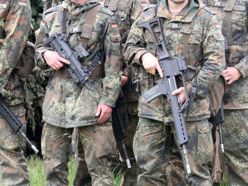 Reservistengruppe Wollte Dorf Zur Festung Ausbauen