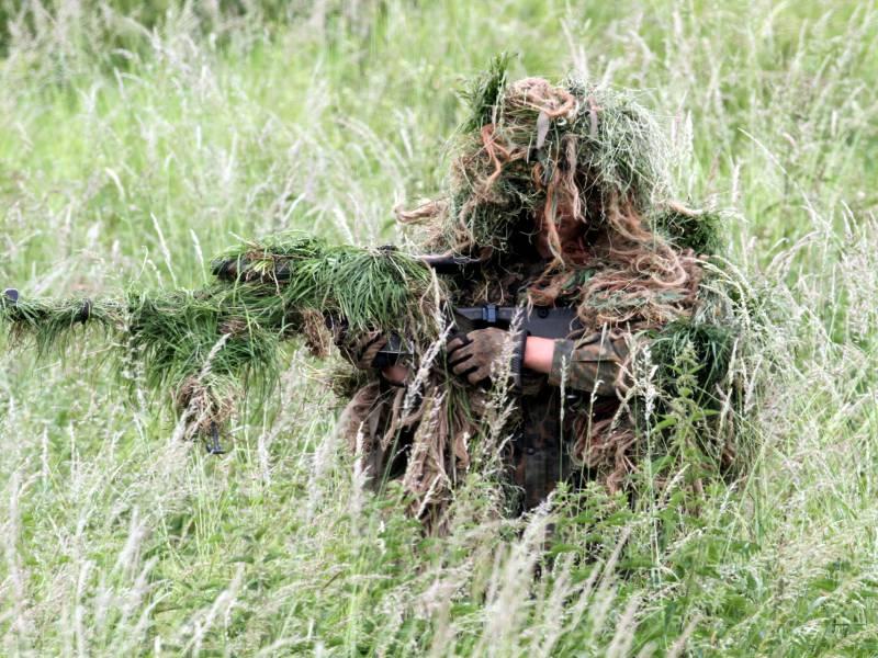 Roettgen Kritisiert Moeglichen Abzug Von Us Truppen Aus Deutschland