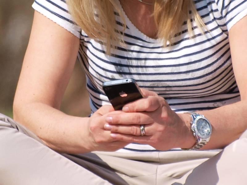 Techniker Kasse Fuehrt Fernbehandlung Per Video App Ein