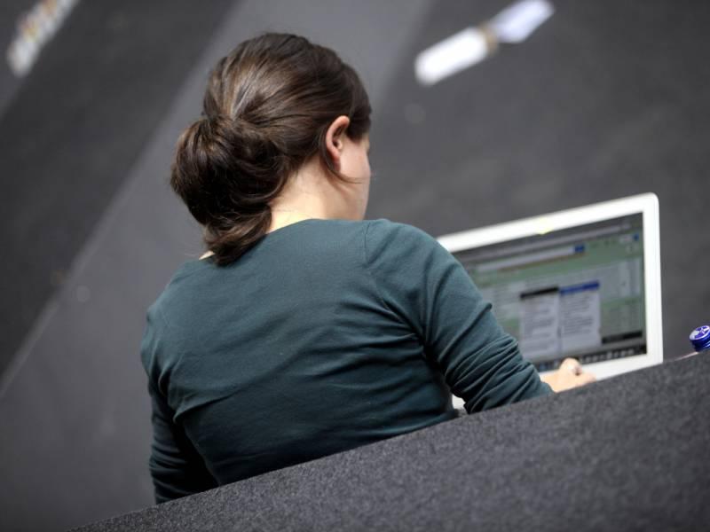 Ueber Eine Million Laptops Fuer Beduerftige Schueler Erwartet