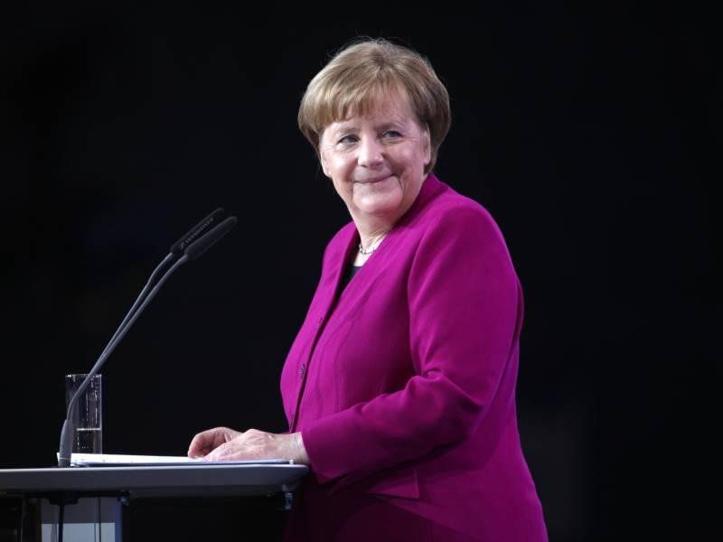 Umfrage Bundesbuerger Geben Merkel In Coronakrise Eine Zwei