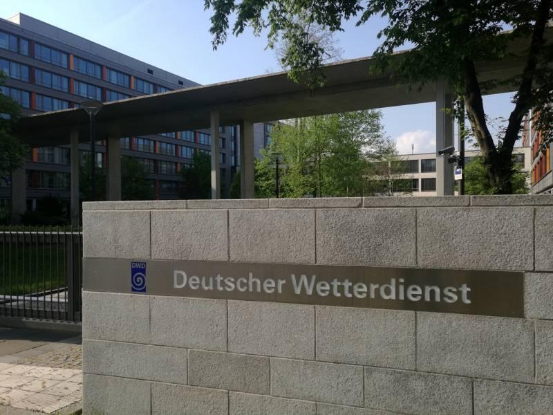 Wetterdienst Warnt Vor Schweren Gewittern Im Nordosten Deutschlands