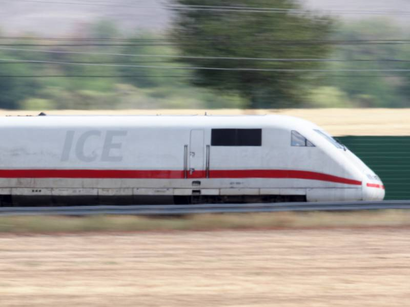 Bahn Fernverkehrschef Stillstand Wegen Corona War Nie Eine Option