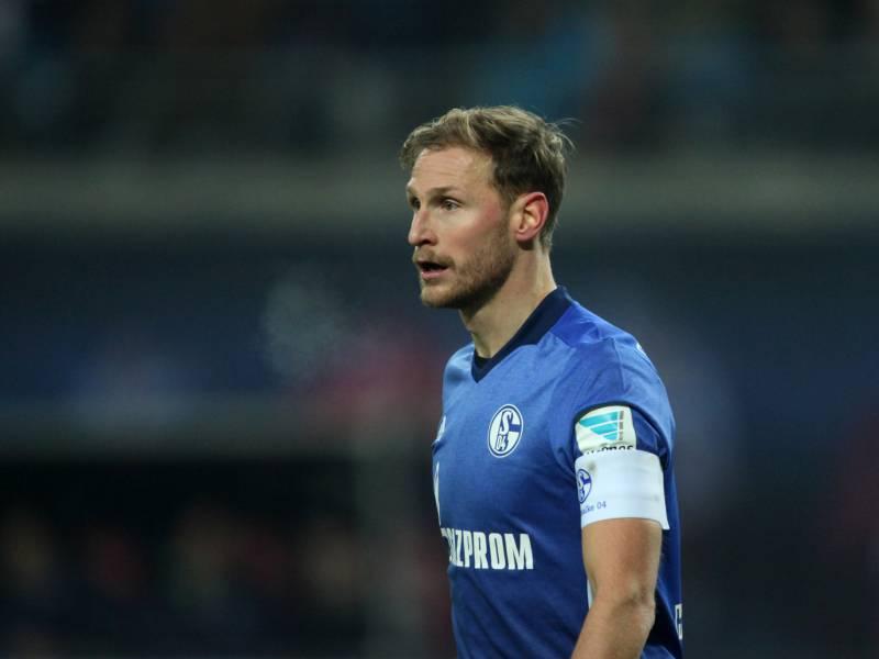 Benedikt Hoewedes Beendet Fussballkarriere