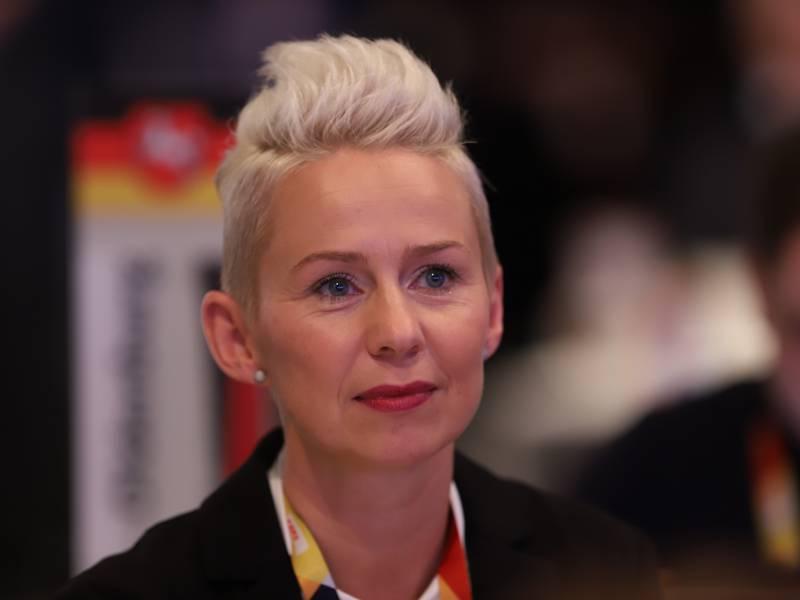 Cdu Vize Breher Verteidigt Vorschlag Fuer Frauenquote