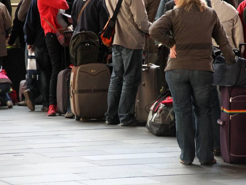 Coronainfizierte Spaetaussiedler Konnten Unkontrolliert Einreisen