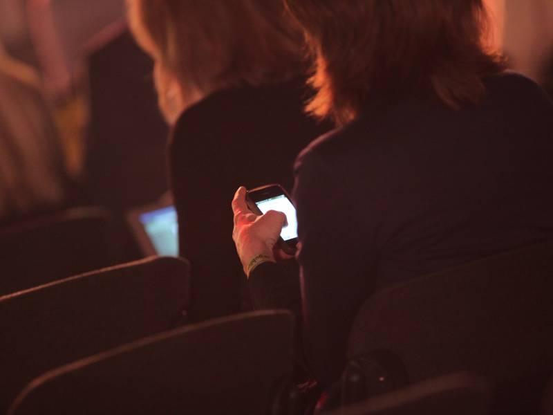 Digitalstaatsministerin Warnt Arbeitgeber Vor Corona App Kontrollen